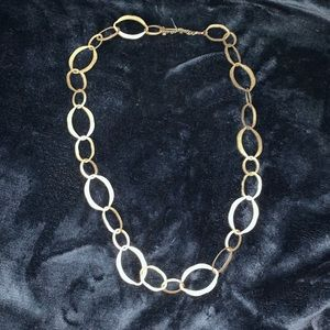 Hammered gold oval link necklace